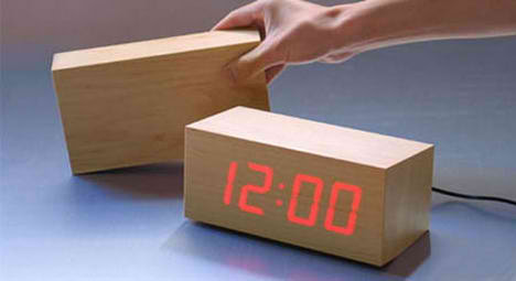 Minimalist Led Wood Clock