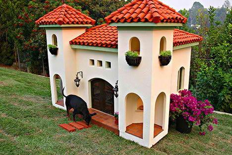 La Petite Maison Designer Doghouse