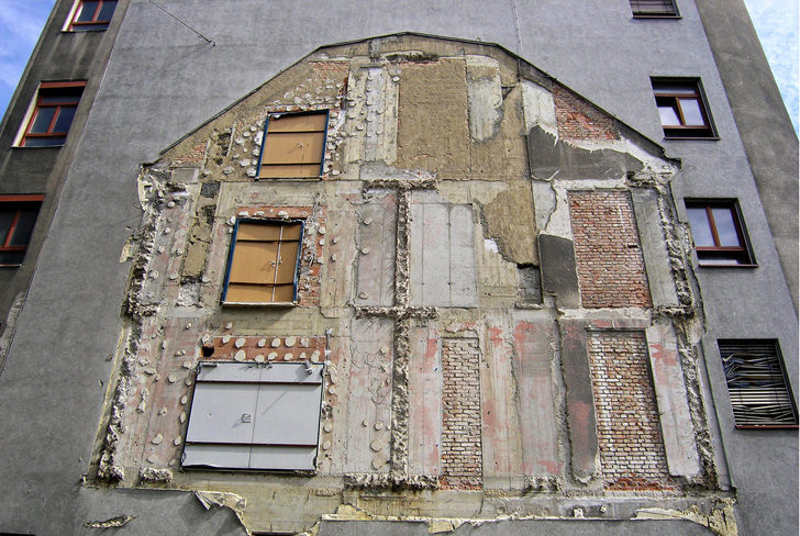 Architecture Fossil Art - Ghost Building