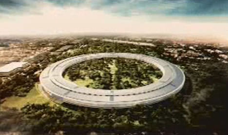 Steve Jobs Presents The iSpaceship