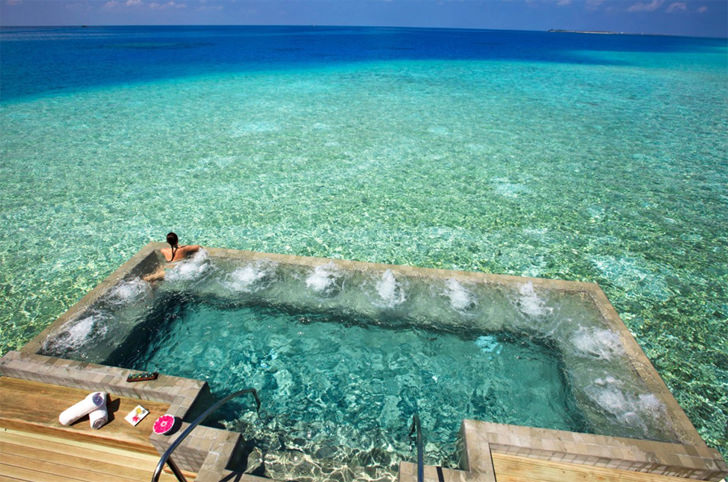 velassaru maldives private pool negative edge zero edge infinity pool disappearing edge vanishing edge pool